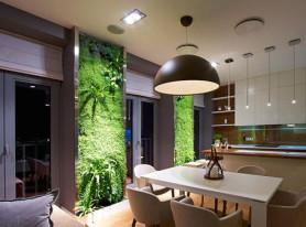 Интерьер с вертикальными зимними садами